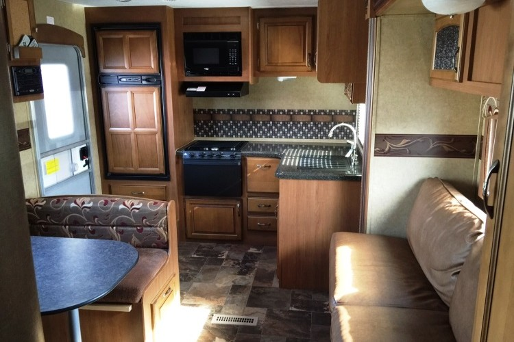 2013 Travelstar Travel Trailer