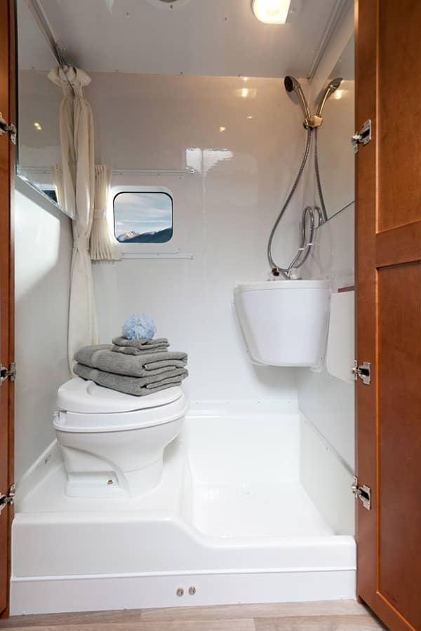 RV Wet Bath